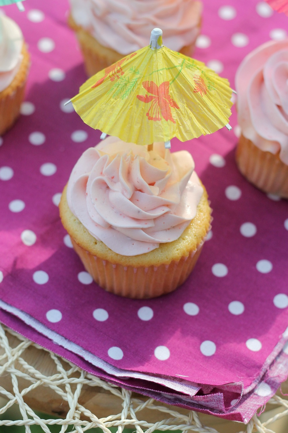 strawberrylimecupcakes2