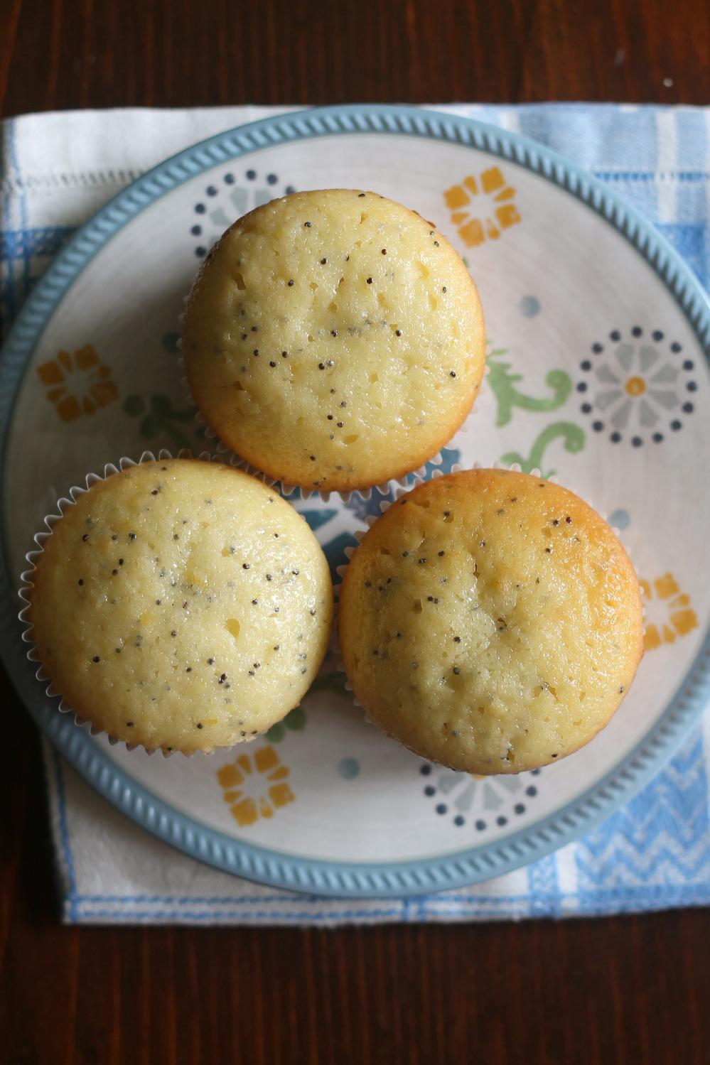 lemonpoppyseedmuffins1